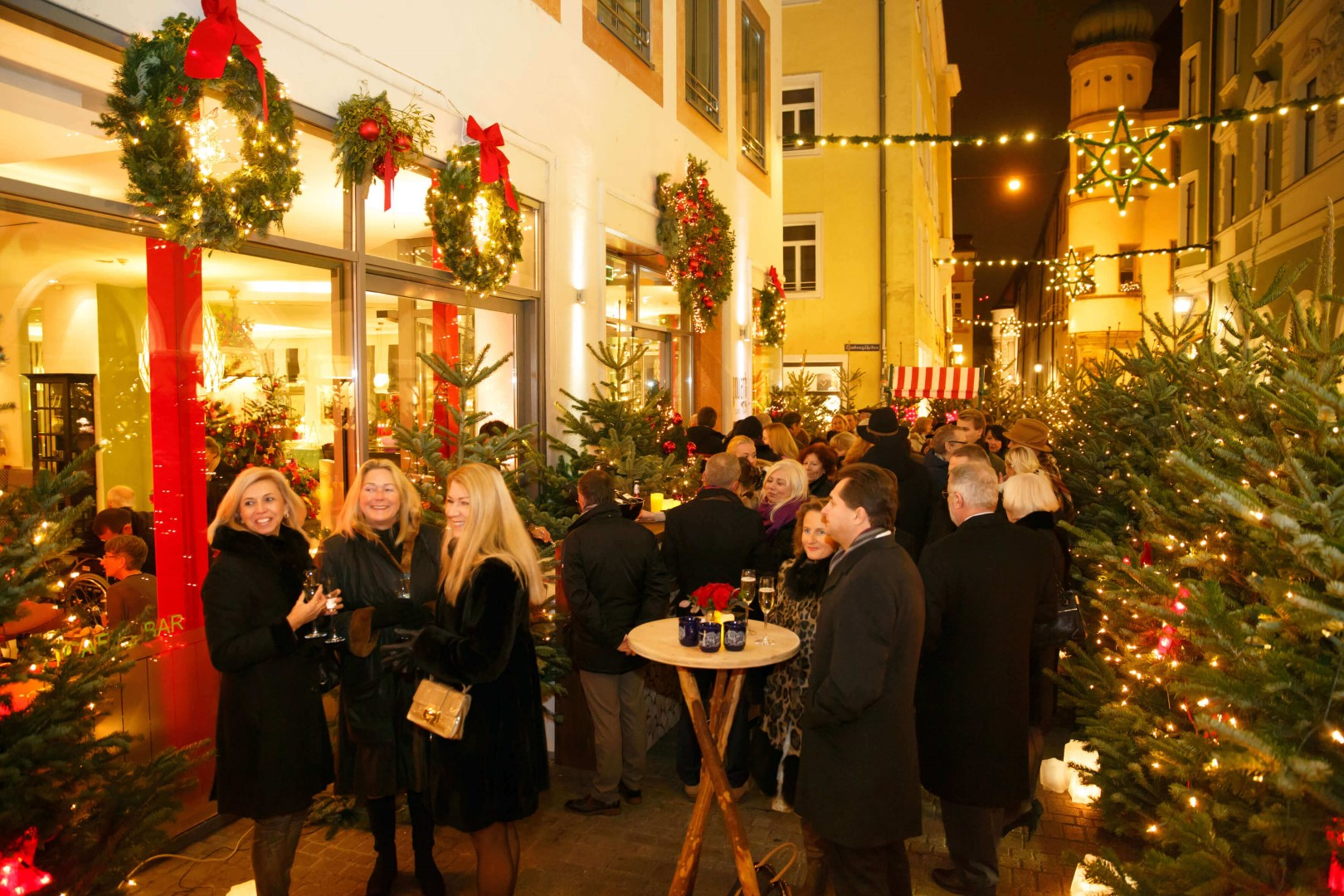 christmas party 2014 hotel goliath am dom in regensburg. Black Bedroom Furniture Sets. Home Design Ideas